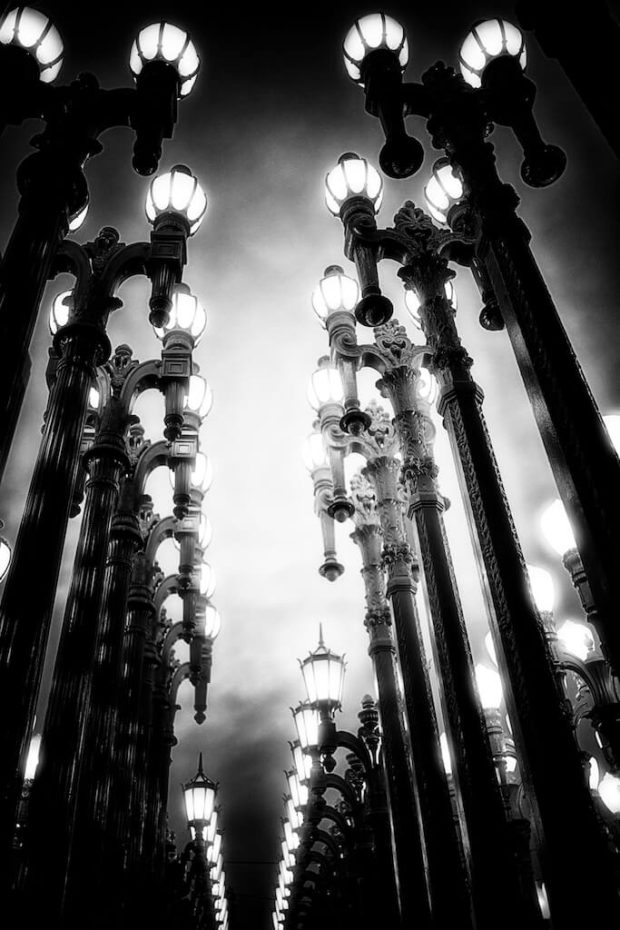 Chris Burden, Urban Light, Los Angeles County Museum of Art, LACMA, public art